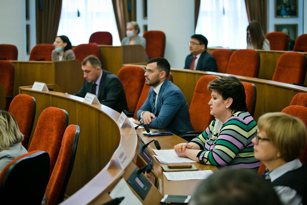 Заседание оперативного штаба  по обеспечению устойчивости экономики региона
